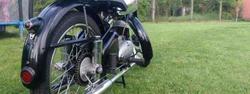 z 150 c foto 4 800x300 - Osobní sbírka motocyklů