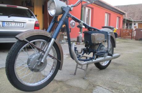 IMG 1940 460x300 - ČZ 175 typ 477 z roku 1970