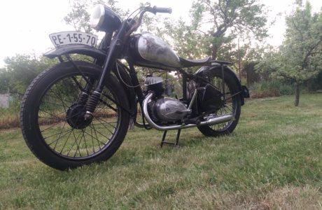 P 20180501 191155 460x300 - ČZ 125 T z roku 1948