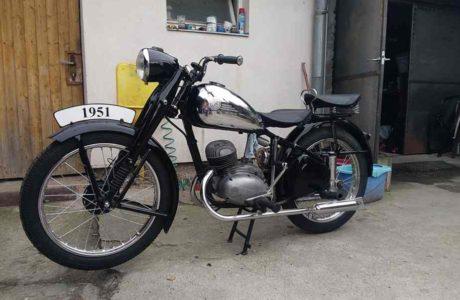 P 20180527 183438 460x300 - ČZ 150 C z roku 1951