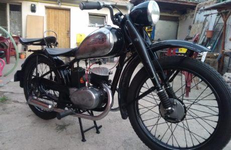 P 20180618 210927 460x300 - ČZ 125 T z roku 1948