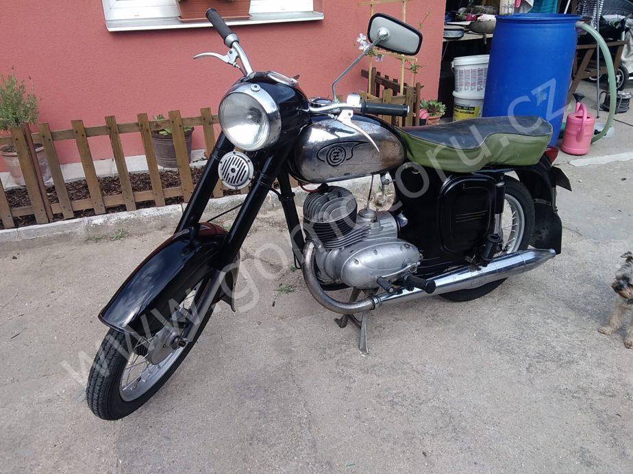 P 20180625 162502 scaled - ČZ 125 typ 453 z roku 1961