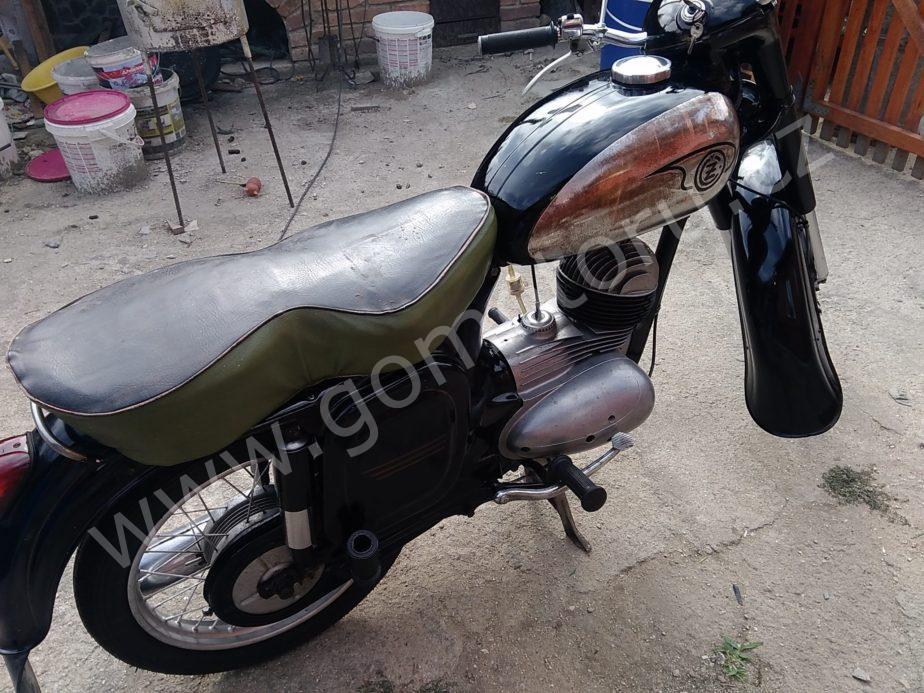 P 20180625 162520 scaled - ČZ 125 typ 453 z roku 1961