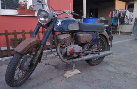 P 20180928 185544 460x300 - ČZ 175 typ 477 z roku 1970