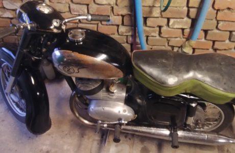 P 20190807 193901 460x300 - ČZ 125 typ 453 z roku 1961