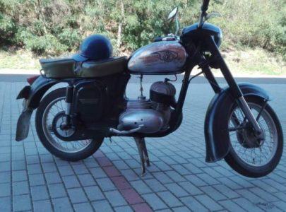 ČZ 125 typ 453 z roku 1961 – První projížďka