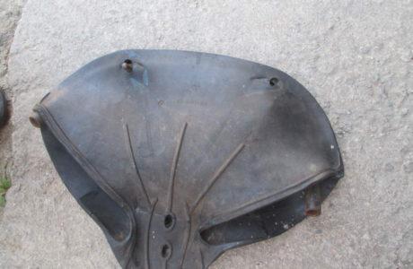 ČZ 150 C z roku 1951 – Výměna gumového potahu sedla 16 460x300 - ČZ 150 C z roku 1951 - Výměna gumového potahu sedla