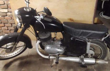 Z 250 typ 455 z roku 1961 1 460x300 - ČZ 250 typ 455 z roku 1961