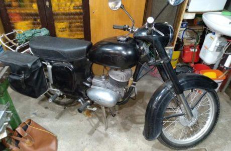 Z 250 typ 455 z roku 1961 6 460x300 - ČZ 250 typ 455 z roku 1961