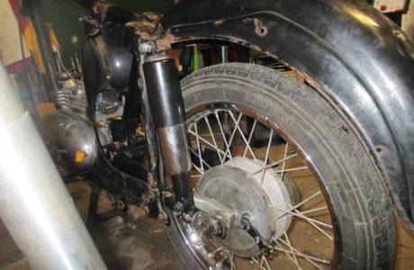 Z 125 typ 453 z roku 1961 Renovace 1. část 33 460x300 - ČZ 125 typ 453 z roku 1961 - Renovace