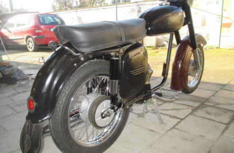 Z 250 typ 455 z roku 1961 36 460x300 - ČZ 250 typ 455 z roku 1961