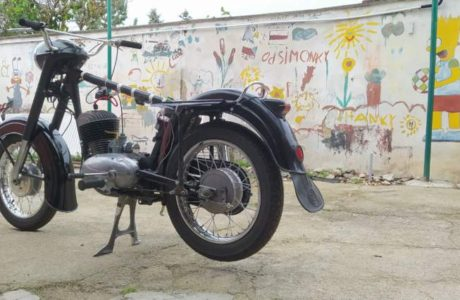 Z 250 typ 455 z roku 1961 – Skládání 2 460x300 - ČZ 250 typ 455 z roku 1961