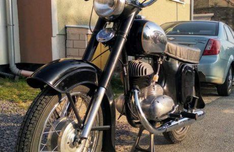 CZ 250 typ 455 z roku 1961 Nova nadrz 5 460x300 - ČZ 250 typ 455 z roku 1961