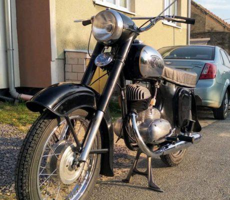 ČZ 250 typ 455 z roku 1961 – Nová nádrž