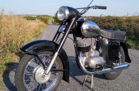CZ 250 typ 455 z roku 1961 Nova nadrz 8 460x300 - ČZ 250 typ 455 z roku 1961