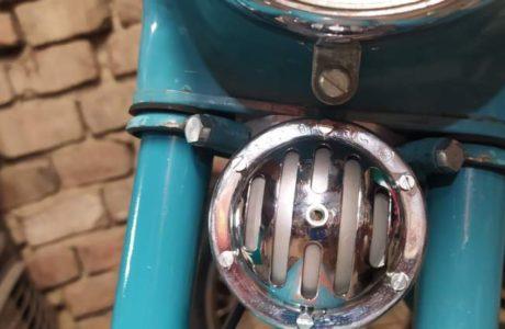 Jawa 50 typ 555 z roku 1959 Skladani predku motocyklu 1 460x300 - Jawa 50 typ 555 z roku 1959