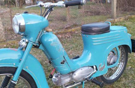 Jawa 50 typ 555 z roku 1959 Po restaurovani 12 460x300 - Jawa 50 typ 555 z roku 1959 - Po restaurování