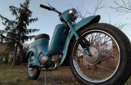 Jawa 50 typ 555 z roku 1959 Po restaurovani 29 460x300 - Jawa 50 typ 555 z roku 1959 - Po restaurování