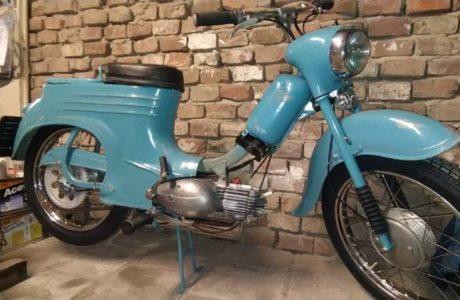 Jawa 50 typ 555 z roku 1959 Finale 19 460x300 - Jawa 50 typ 555 z roku 1959