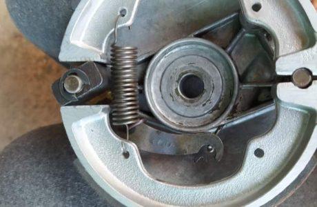 Jawa 50 typ 555 z roku 1959 – Oprava brzd 1 460x300 - Jawa 50 typ 555 z roku 1959 – Oprava brzd