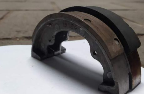 Jawa 50 typ 555 z roku 1959 – Oprava brzd 5 460x300 - Jawa 50 typ 555 z roku 1959 – Oprava brzd
