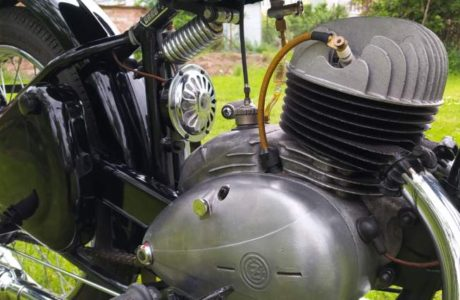 CZ 150 C z roku 1951 – Oprasena po dvou letech 24 460x300 - ČZ 150 C z roku 1951 – Oprášena po dvou letech