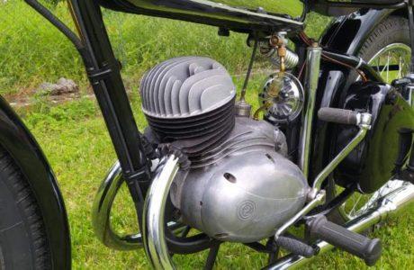 CZ 150 C z roku 1951 – Oprasena po dvou letech 6 460x300 - ČZ 150 C z roku 1951 – Oprášena po dvou letech