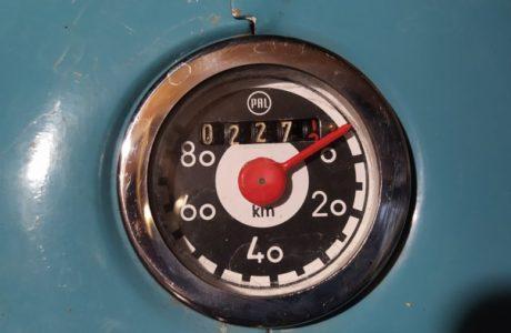 Jawa 50 typ 555 z roku 1959 Zabeh motoru 28 460x300 - Jawa 50 typ 555 z roku 1959 - Záběh motoru