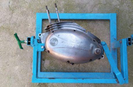 CZ 150 C z roku 1951 Generalni oprava motoru 1 460x300 - ČZ 150 C z roku 1951 - Generální oprava motoru