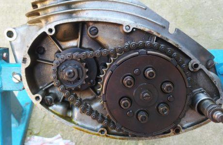 CZ 150 C z roku 1951 Generalni oprava motoru 12 460x300 - ČZ 150 C z roku 1951 - Generální oprava motoru