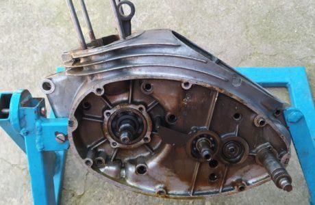 CZ 150 C z roku 1951 Generalni oprava motoru 24 460x300 - ČZ 150 C z roku 1951 - Generální oprava motoru