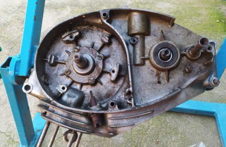 CZ 150 C z roku 1951 Generalni oprava motoru 9 460x300 - ČZ 150 C z roku 1951 - Generální oprava motoru